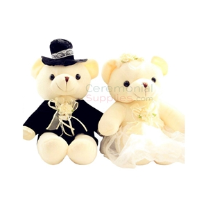 Photo of two bears dressed as the Wedding couple, the Bride and Groom.