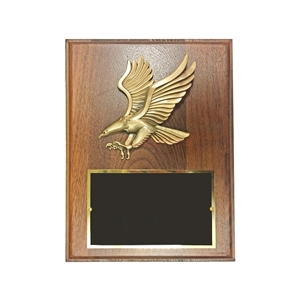 Wood plaque featuring American eagle emblem and black area for engraving