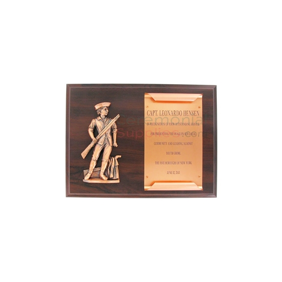 Wood plaque with minuteman emblem and ample black area for engraving