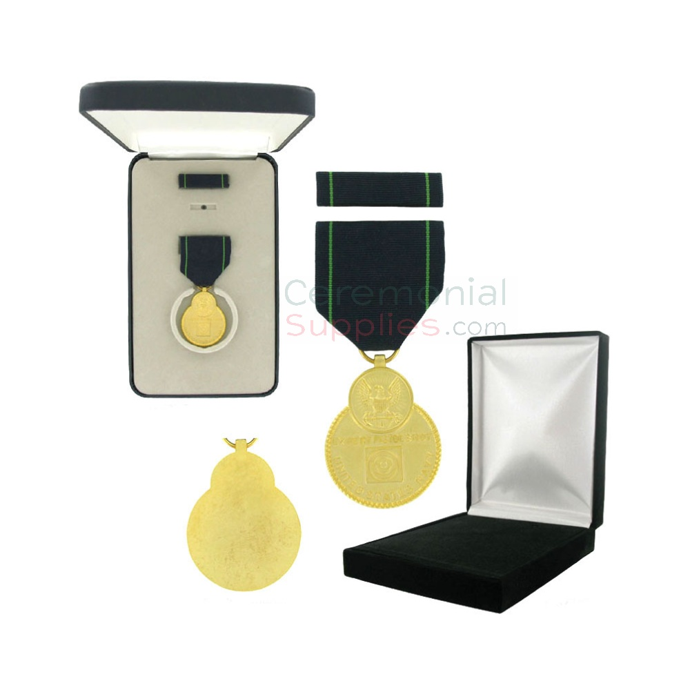 Image of Navy Expert Pistol medal with black velour and Govt. Official boxes