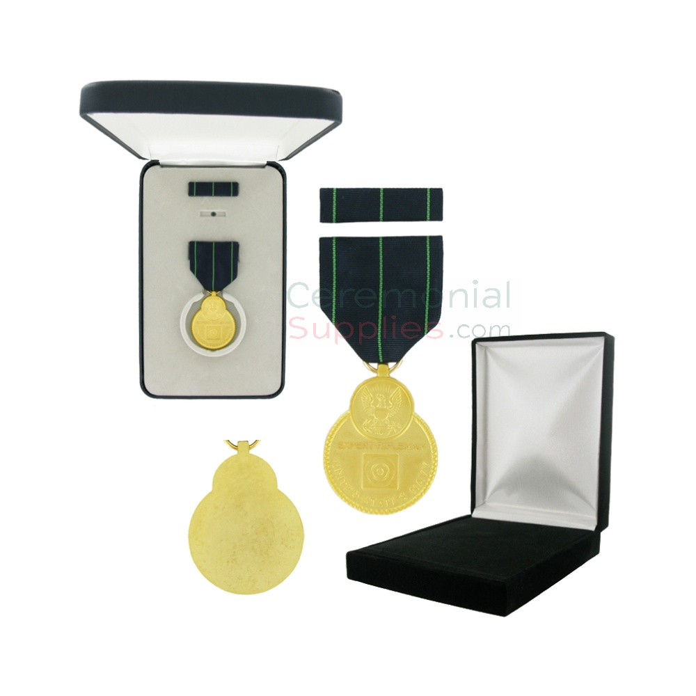 Image of Navy Expert Rifleman medal with black velour and Govt. Official boxes